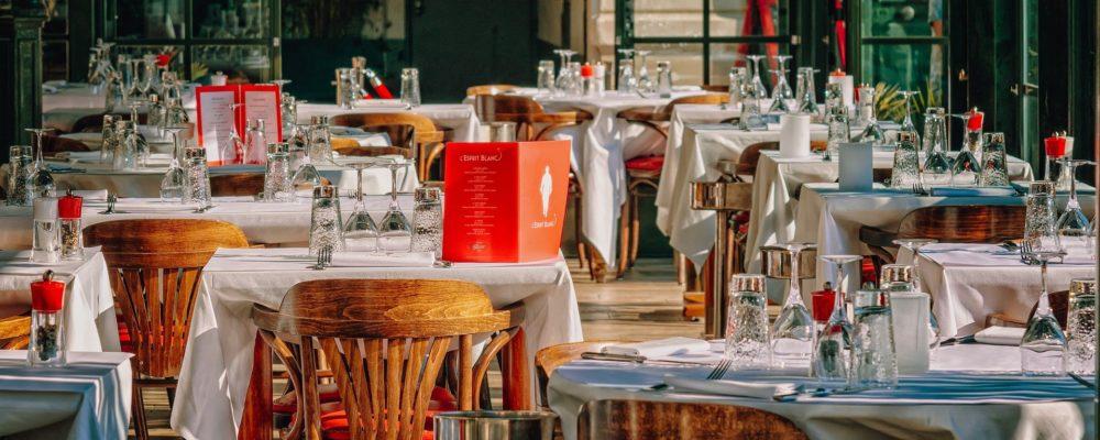 restaurant-3597677_1920